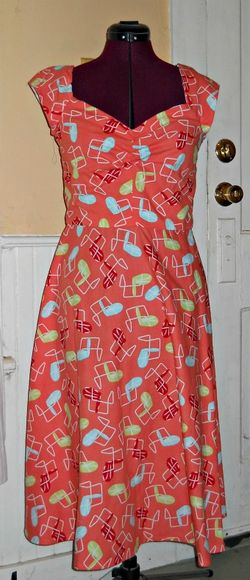 New Look 6886 lawn chair fabric dress